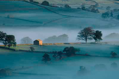 M05_Morning Mists, Wensleydale