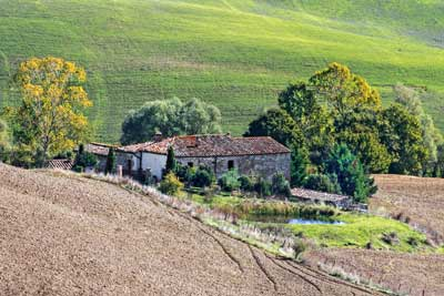8567 Tuscan Farmstead